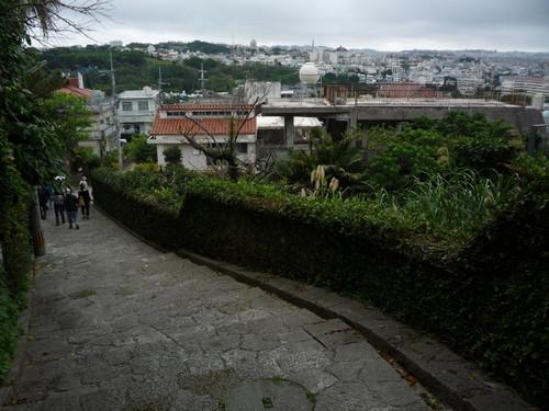 金城町の石畳の道